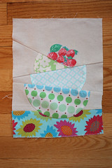 for kerry (noodleheadsews) Tags: vintage berries sewing fabric block patchwork bowls amybutler nestingbowls deniseschmidt annamariahorner ringopie