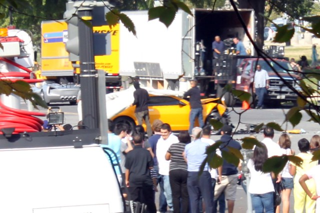 accidente del Camaro en Transformers 3