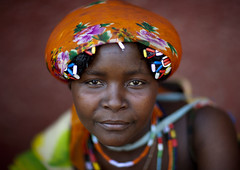 Happy In Angola, Sad in Namibia (Eric Lafforgue) Tags: poverty africa portrait girl face african afrika tribe namibia namibian 1072 namibie namibe namibi namiibia angolan     mundimba namibya namibio    mudimba zembadhimba mudhimba dhimba