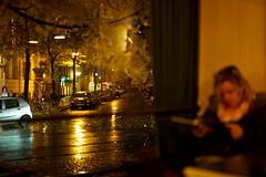 rainy night (Winfried Veil) Tags: street leica reflection berlin rain bar night germany deutschland 50mm cafe pub nightshot nacht rangefinder reflexion allemagne mitte spiegelung summilux asph regen kneipe prenzlauerberg 2010 nachtaufnahme streetlantern m9 mirroring iso1250 davelombardo zionskirchplatz strase ickkoofmirdavelombardowennickreichbin messsucher mobilew strasenlaterne zionskirchstrase leicam9 schwarzzublau winfriedveil