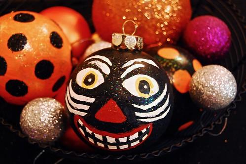 Halloween balls