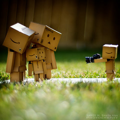 119/365: Say Cheese! (Randy Santa-Ana) Tags: family nature toys outdoors snapshot danbo danboard 365daysofdanbo 16scalecamera danbophotography