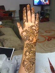 Arabic Henna (aizafay) Tags: flowers wedding pakistan party india flower detail beautiful michigan indian detroit arabic warren pakistani shaadi bridal henna mehendi mehndi shadi sangeet intricate mehandi dulhan dholki dulha