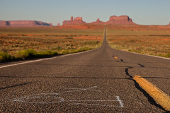 Forrest Gump point bokeh (seryani) Tags: road arizona usa america canon movie landscape utah us ut highway scenery view desert camino carretera forrest path az explore vista gump navajo redrock monumentvalley canonef2470mmf28lusm 2470l tomhanks indianreservation forrestgump navajoindianreservation 2470 explored canoneos5dmarkii 5dmarkii