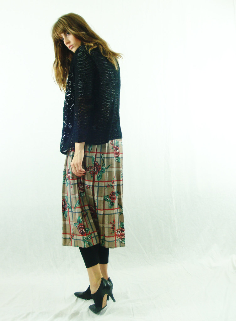 Pleated Floral & Plaid Long Skirt