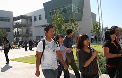 students at Torres HS, which includes the Renaissance Academy (by: Gloria Angelina Castillo for EGP)