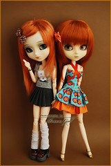 Gillian & Ivy - Pullips Kaela & Zuora (-Poison Girl-) Tags: new orange white green girl sisters hair ginger eyes doll closed dolls eyelashes ivy pale redhead wig groove pullip gillian poison kaela pullips poisongirl eyelids eyechips junplanning rewigged obitsubody zuora rechipped pullipzuora sbhm pullipkaela