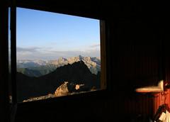 Chersogno e Pelvo d'Elva, Val Varaita (stegdino) Tags: light mountain window dawn alba dusk framed naturallight finestra montagna gamewinner matchpointwinner thechallengegame thumbsupwinner thechallengefactory pregamesweepwinner ispywinner pregameduelwinner