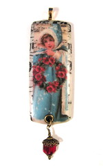 2010 Holiday Collection - Victorian Romance - Turquoise Girl with Red Floral Wreath Ornament