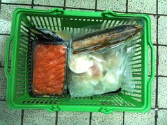 Fassler shopping basket of seafood, quarter-filled