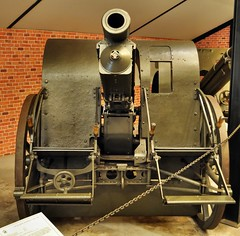 koda 100 mm field howitzer (1910) (The Adventurous Eye) Tags: gun cannon artillery playingwar howitzer koda leanymilitarymuseum