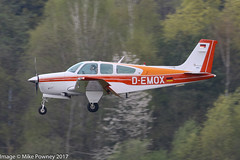 D-EMOX - 1979 build Beech F33A Bonanza, inbound to Runway 24 at Friedrichshafen during Aero 2017 (egcc) Tags: aero aerofriedrichshafen aerofriedrichshafen2017 beech beechcraft bodensee bonanza ce875 demox edny f33a fdh friedrichshafen lightroom