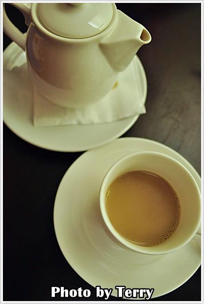 LA VIE CAFE (9)