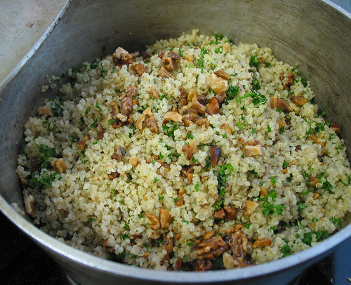 quinoa pilaf with roasted walnuts