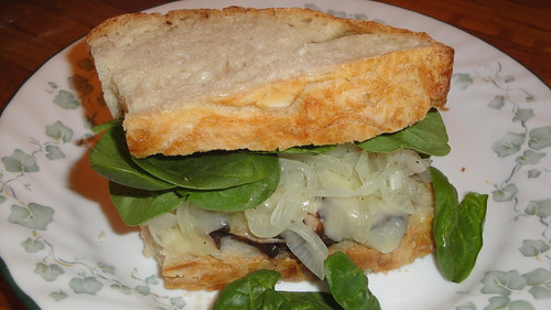 Madeira-glazed Portobello Sandwiches酒味蘑菇瑞士奶酪三明治