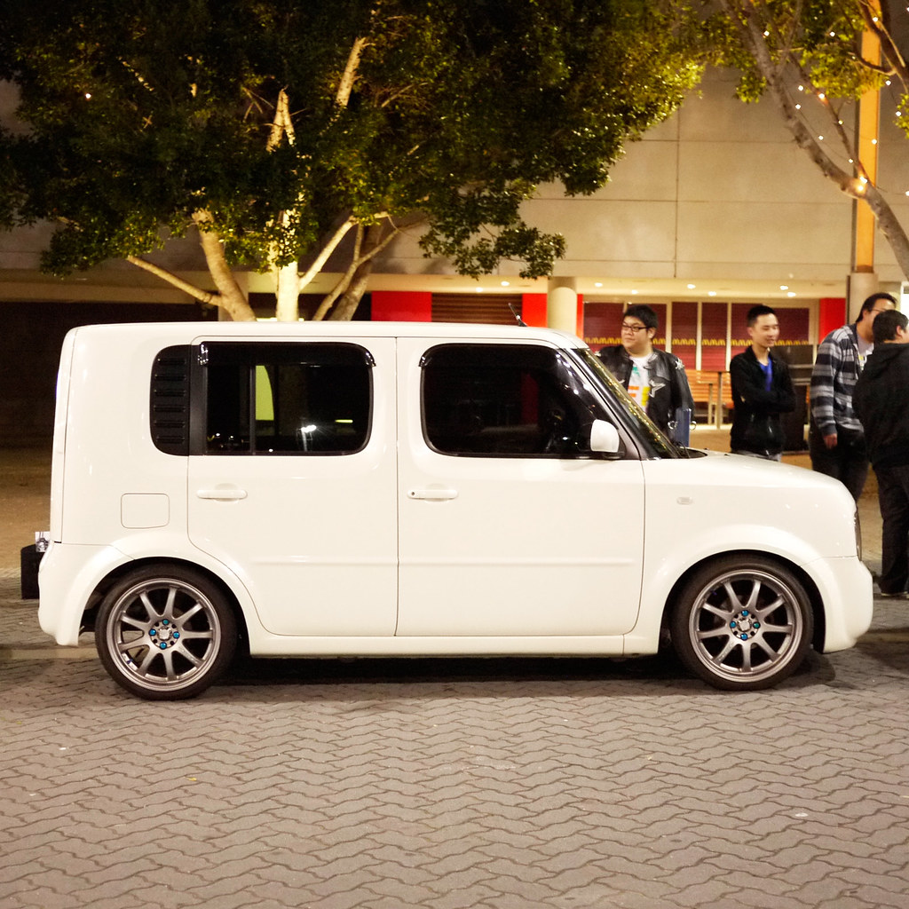 Toyota toyota cube : The World's Best Photos of bz11 and cube - Flickr Hive Mind