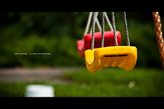 empty playground (Stefan Lorse) Tags: fall playground germany cord deutschland dof sommer saxony herbst wiese kinder swing depthoffield sachsen grün wetter spielplatz schaukel seil chield tiefenunschärfe canoneos50d canonef70200lf4usm