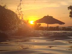 mergulho sob o pôr do Sol