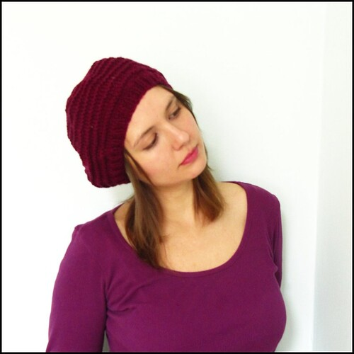 alex beret in burgundy
