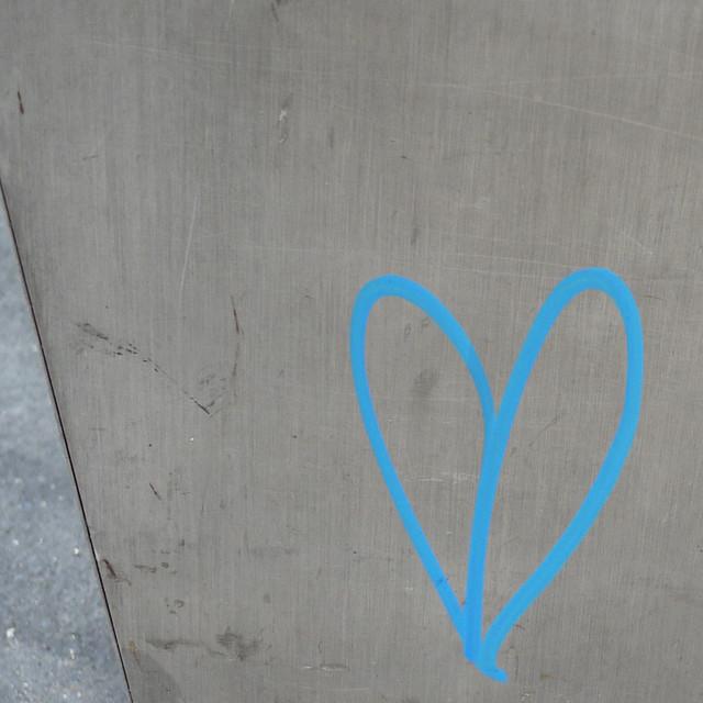 quick tagged heart seen #walkingtoworktoday