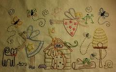 Fadinhas ...como aqui no flickr .Voando pra lá e pra cá ...rsrsrs  Enchanted world of fairies ... (soniapatch) Tags: embroidery bordados