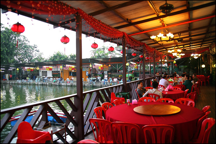 Yin Her silver-river-restaurant