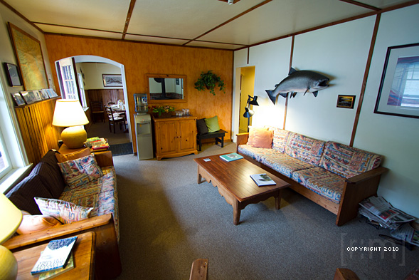 Grizzly Bear Lodge & Safari Trip