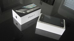 apple iphone4 (Photo: MattYouens on Flickr)