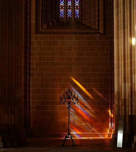 Luz no Mosteiro da Batalha