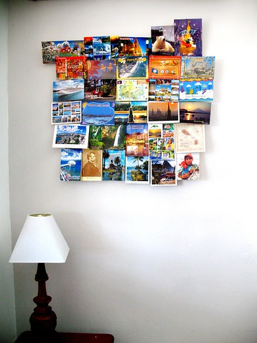 Postcards hanger