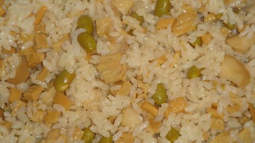 Impromptu vegetarian rice 即興素拌飯