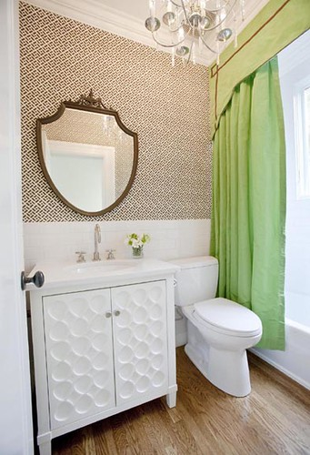 Massucco-Warner-Miller-guest-bathroom
