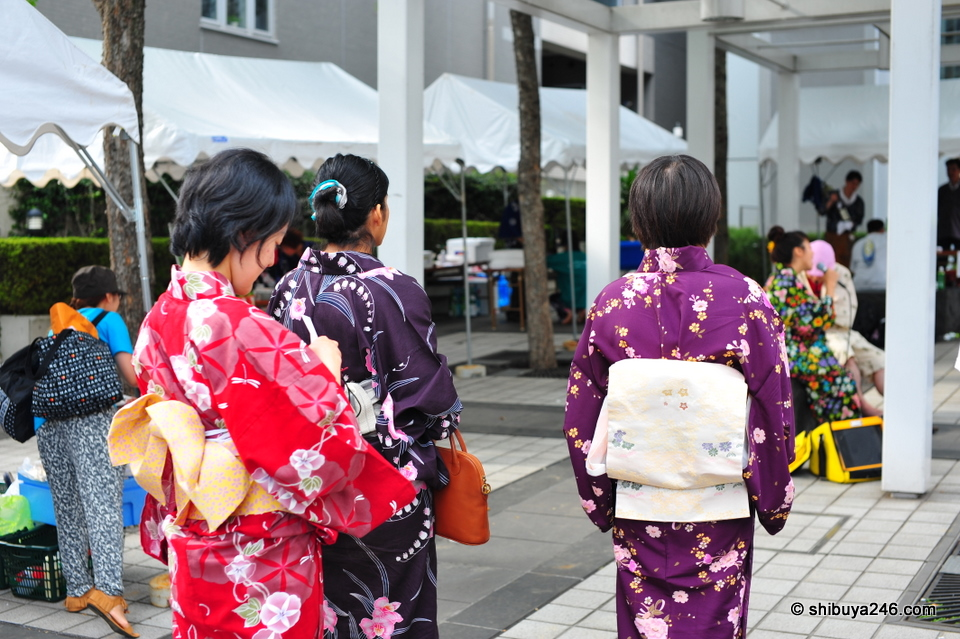 Nice to see many people turning up in Kimono
