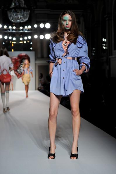 Vivienne+Westwood+Red+Label+Runway+LFW+Spring+T7ABlONuuRWl