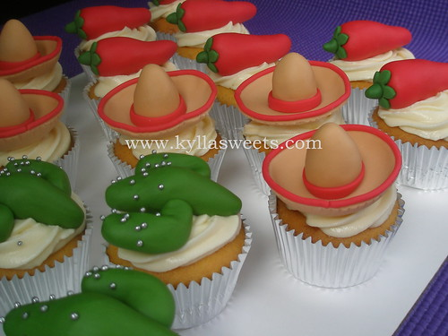 Mexican party cupcakes ~ cupcakes festa mexicana - a photo on Flickriver 942097553f2
