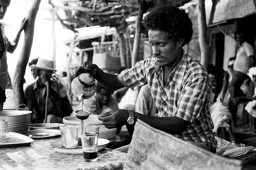 sudan618-gedaref-roadside-tea-stand