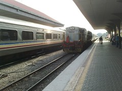 Ekspres Rakyat train to Singapore