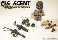 CIA AGENT Load (Shobrick) Tags: camera afghanistan beard war lego drum cia tissue flash tan ak strap agent tt vest sight scopes machete custom bang grenade mgl mag weapons 47 holster launcher holographic brickarms shobrick tinyatactical