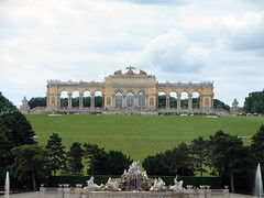 Schönbrunn Palace (Tjflex2) Tags: vienna wien new trip travel vacation holiday art history beautiful museum fun austria living cool interesting europe photos stage great royal landmarks objects roadtrip palace precious proof presentation concept conceptual visitors approach setting magnificent exciting day12 inform entertain mustsee aesthetic worthwhile schönbrunnpalace innerstadt habsburgs vindobona vindomina