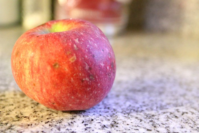 09-28-apple3
