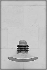 5 - 27 septembre 2010 Maisons-Alfort Rue Bourgelat Lampe (melina1965) Tags: blackandwhite bw lamp lampe nikon iron ledefrance noiretblanc faades september lamps septembre faade fer 2010 lampes valdemarne maisonsalfort d80 photoscape