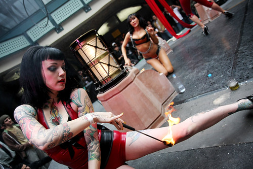 Fuel Girls - Fire Show (London Tattoo Convention)