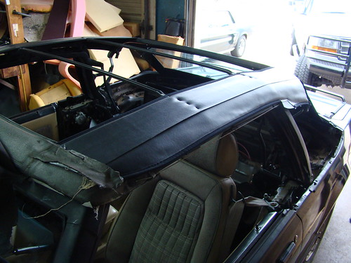 5040120364_b6d3de6005 fox body mustang convertible top installation lmr