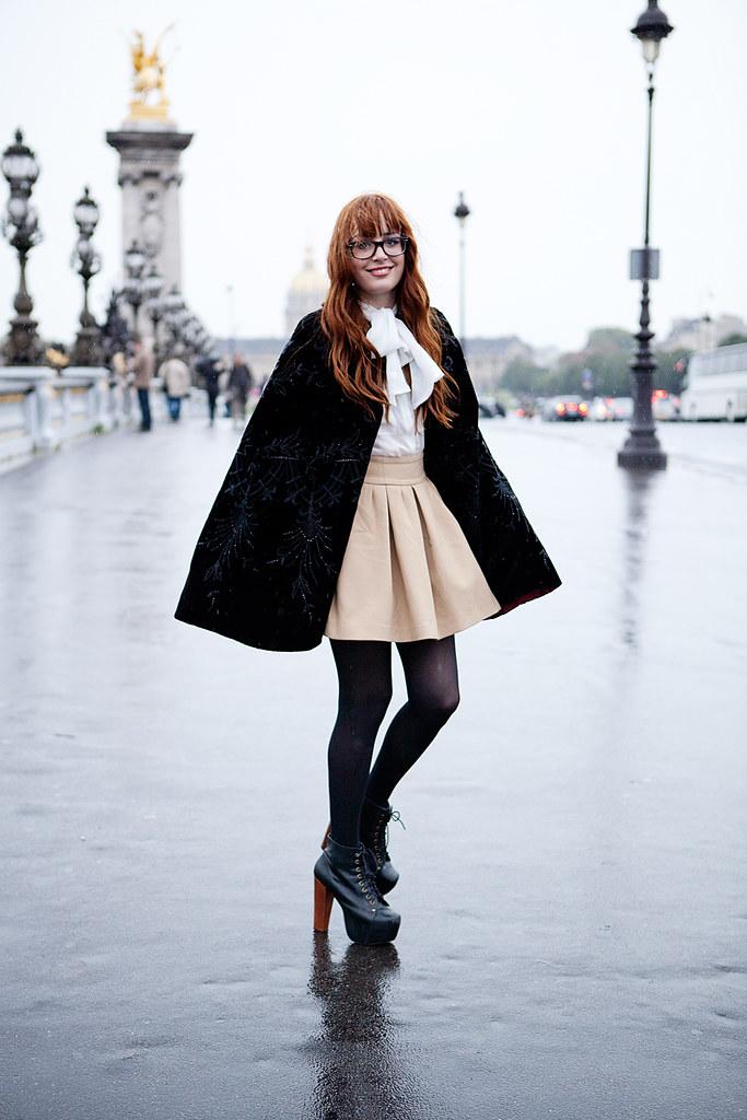 Louise Ebel Pandora <!  :fr  >Rain.<!  :  ><!  :en  >Rain.<!  :  >