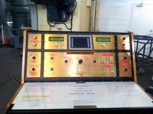 Control panel for the 82""