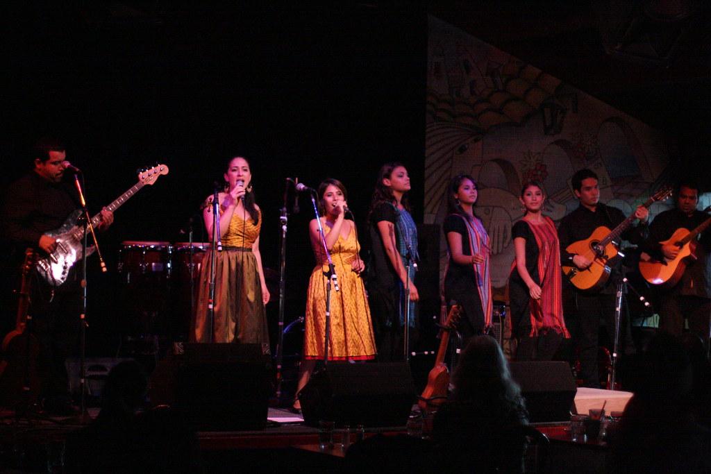 Los Cenzontles at Don Quixote's International Music Hall