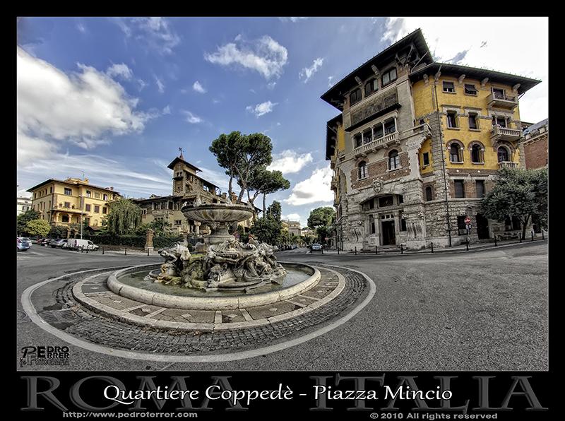 Roma - Quartiere Coppedè - Piazza Mincio