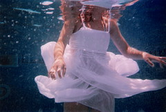 angel echoes (Chicainvisible) Tags: white girl underwater dress arms
