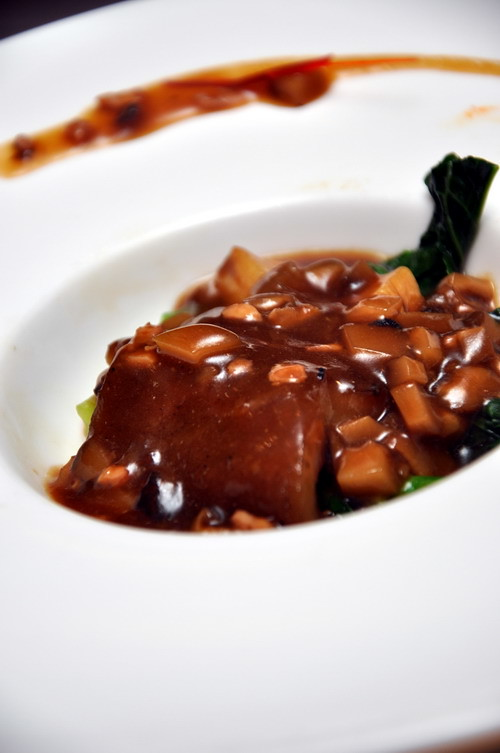 braised sea cucumber cuttlefish jus