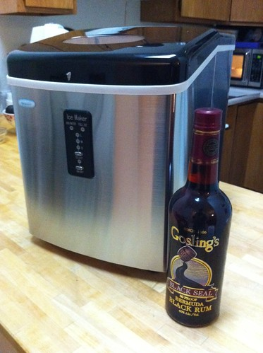 ... countertop ice maker that takes water and electricity and outputs ice